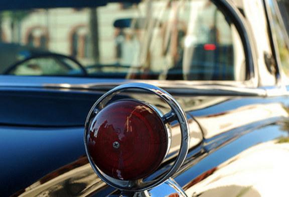 Auto senza aloni: pulire i vetri della macchina