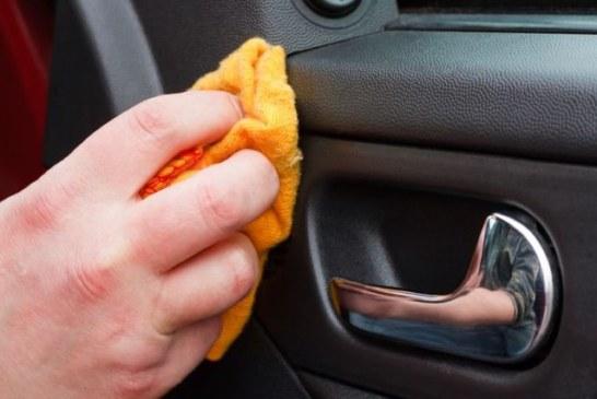 Pulizia delle plastiche auto: Ma-Fra su comepulire.it