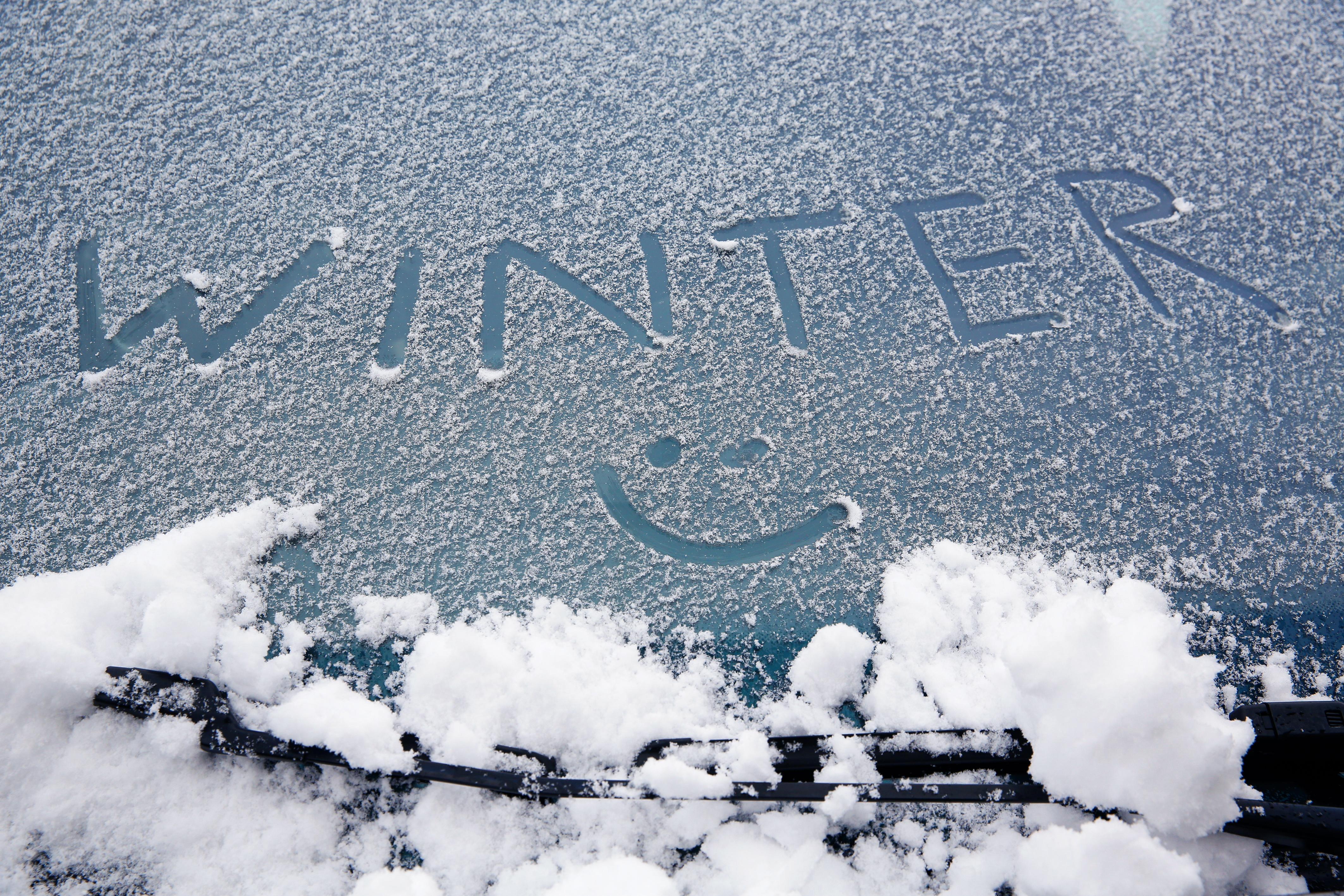 a78db0ce82b7 Come preparare l'auto per le vacanze d'inverno con tutto l ...